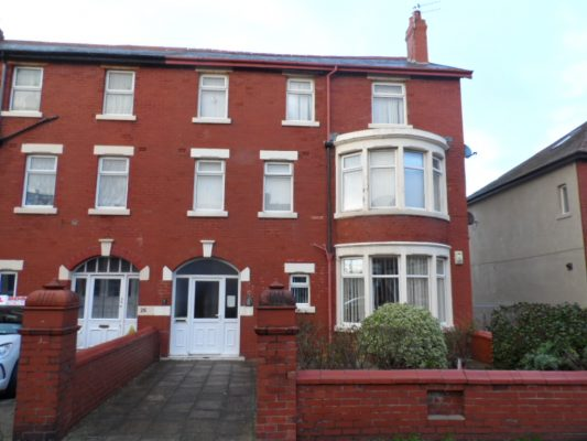 Knowle Avenue, Blackpool, FY2 9RX